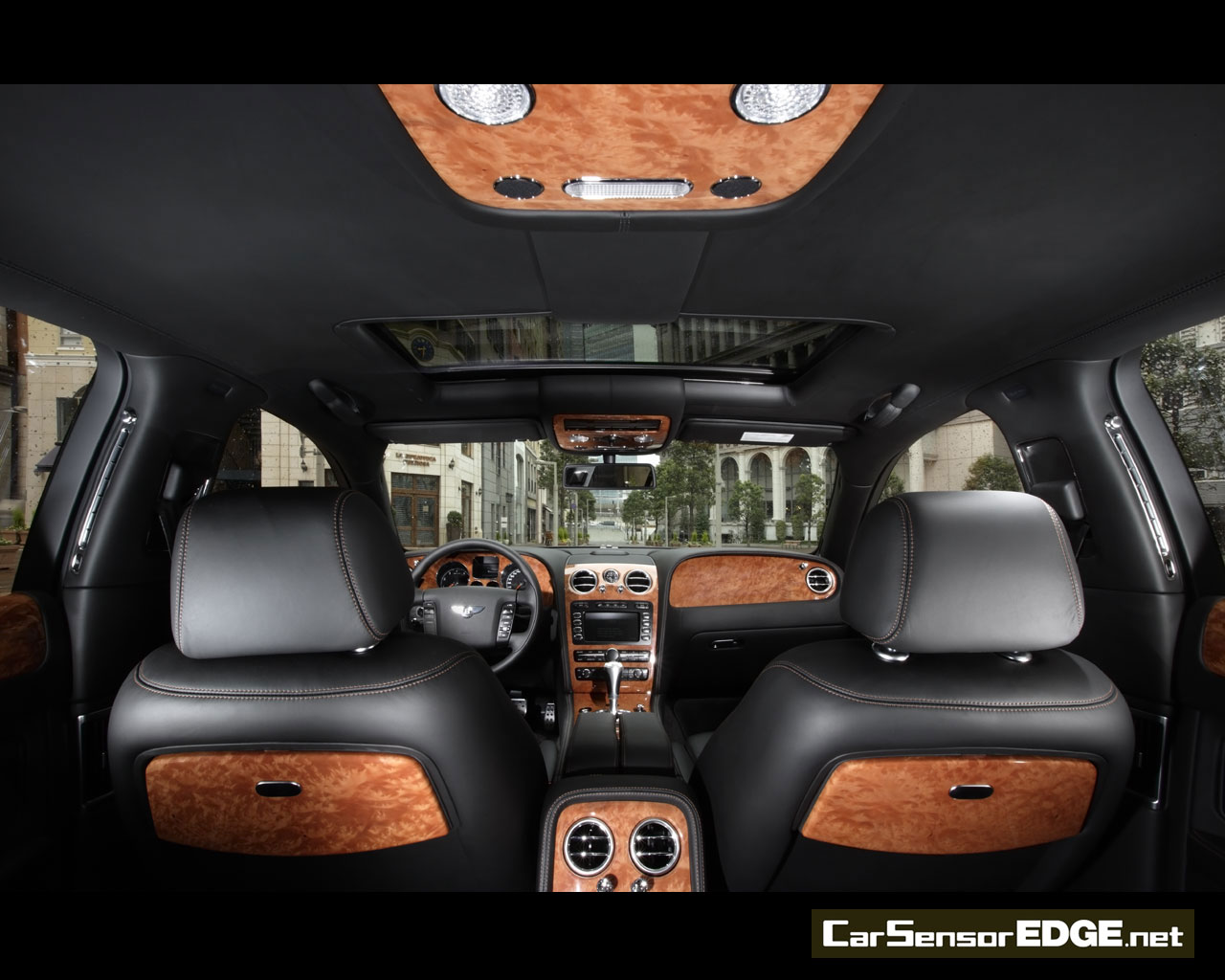 Desktop on 2005 Bentley Continental Gt